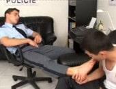 Policial Gato é Durão com o Bandido Puto